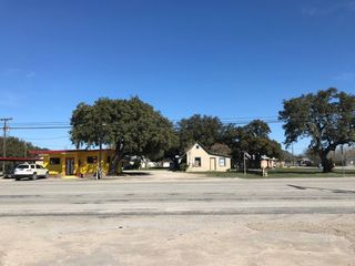 616 W Broadway St, Eden, TX 76837