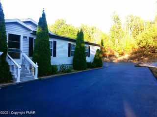 2165 Bear Creek Blvd, Bear Creek Township, PA 18702