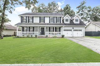 8502 Oak View Dr, Chattanooga, TN 37421