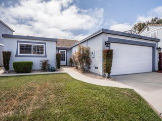 1139 Sherman Dr, Salinas, CA 93907