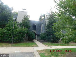 25 S Church Rd #18, Maple Shade, NJ 08052