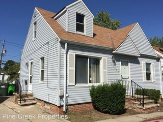 12025 Shady Oak Blvd, Garfield Heights, OH 44125