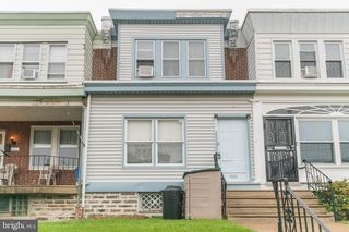 6221 Oakley St, Philadelphia, PA 19111