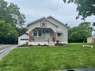 208 Renshaw Ave, Highland Heights, KY 41076