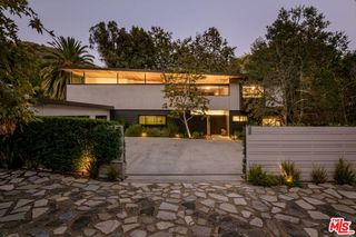 2496 Mandeville Canyon Rd, Los Angeles, CA 90049