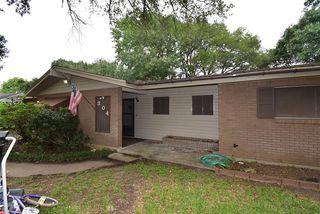 304 Lindsey Ave, Bay City, TX 77414
