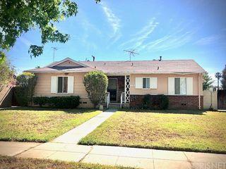 9736 Hayvenhurst Ave, North Hills, CA 91343