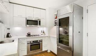 635 W 42nd St #15J, New York, NY 10036