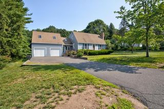 12 Greendale Ave, Cromwell, CT 06416