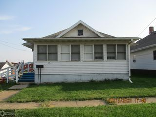 524 E Walsh St, Centerville, IA 52544