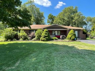 7502 Barret Rd, West Chester, OH 45069
