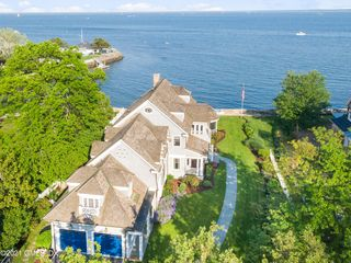 200 Shore Rd, Old Greenwich, CT 06870