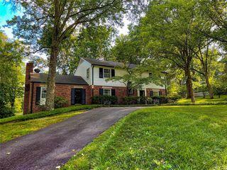9808 Copper Hill Rd, Saint Louis, MO 63124