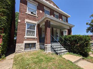 2623 Indiana Ave, Saint Louis, MO 63118