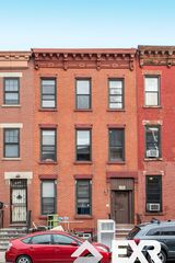 371 Douglass St, Brooklyn, NY 11217