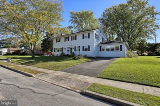 808 Fairview Ave, Gettysburg, PA 17325