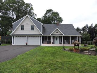 63 Atwood St, Middlebury, CT 06762