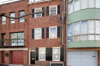 734 S Front St, Philadelphia, PA 19147