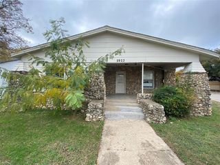 2923 Azle Ave, Fort Worth, TX 76106