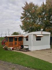 460 1st St SW #62, Brewster, OH 44613