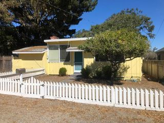 966 Heacock Ave, Pacific Grove, CA 93950
