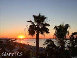 25 15th Pl #802, Long Beach, CA 90802