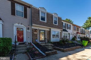 5813 Folgate Ct, Capitol Heights, MD 20743