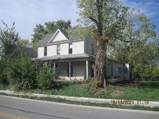 1215 S Hoyt Ave, Muncie, IN 47302