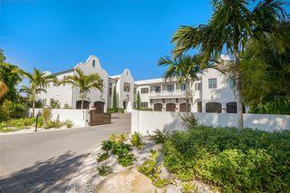 100 Beach Ave, Anna Maria, FL 34216