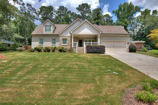 905 Pinehill Dr SE, Smyrna, GA 30080