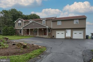 30 New Schaefferstown Rd, Bernville, PA 19506