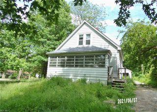 4525 Dunton Rd, Lorain, OH 44055
