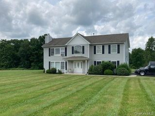 118 Kirbytown Rd, Middletown, NY 10940