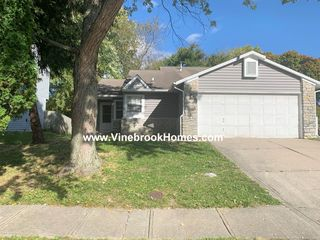 6353 Perry Pines Ct, Indianapolis, IN 46237