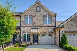 813 Piedmont Crossing Dr, High Point, NC 27265
