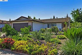 2516 E Swain Rd, Stockton, CA 95210