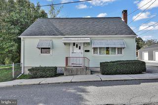 707 N 7th St, Pottsville, PA 17901