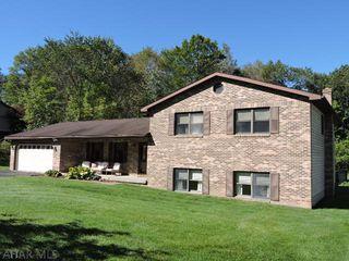 152 Beechwood Dr, Altoona, PA 16601