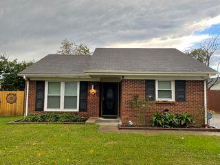 200 Wedgefield Pl, Lexington, KY 40509