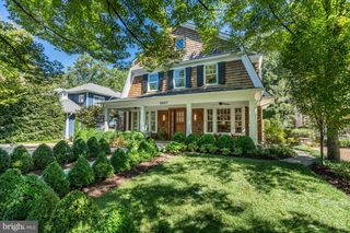 5607 Warwick Pl, Chevy Chase, MD 20815