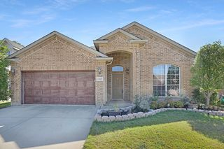 2428 Priscella Dr, Fort Worth, TX 76131