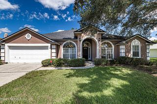 11033 Lydia Estates Dr W, Jacksonville, FL 32218