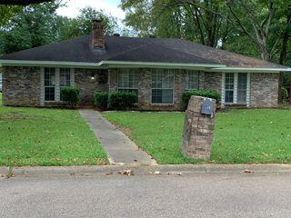 226 Cedarwood Dr, Jackson, MS 39212