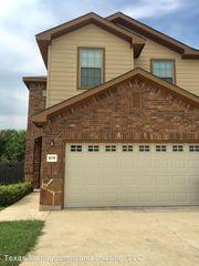 1035 Brown Rock Dr, New Braunfels, TX 78130