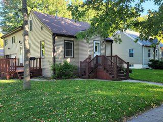 1118 Omaha Ave, Worthington, MN 56187