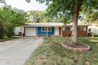 4208 W 10th St N, Wichita, KS 67212