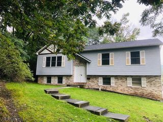 1310 23rd Ave, Altoona, PA 16601