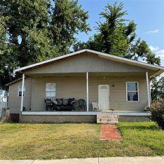 330 SW 27th St, Oklahoma City, OK 73109