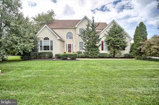 3 Remarkable Ct, Garnet Valley, PA 19060