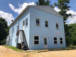 303 E State Rd, Mount Carroll, IL 61053
